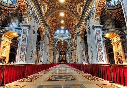 italy pope rome basilica vaticano catholicchurch stpetersbasilica vaticancity saintpeter stpeterstomb basilicapapaledisanpietro rivetiber
