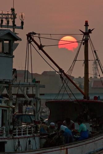 travel sunset harbor boat fishing tour penghu 澎湖 漁人 馬公 漁船 漁夫 第二漁港