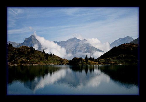 trees mist lake mountains alps fall water clouds reflections schweiz switzerland suisse silence svizzera forests engelberg quietwaters platinumphoto ysplix eyeflyer trübsee
