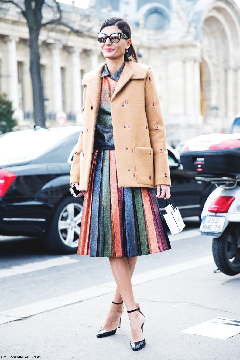 Paris_Fashion_Week_Fall_14-Street_Style-PFW-_Chanel-Giovanna_Battaglia-Pleated_Skirt-1