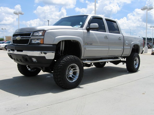 2005 Lifted Chevy Silverado 2500 HD 4X4 at ORR Chevrolet in Texarkana
