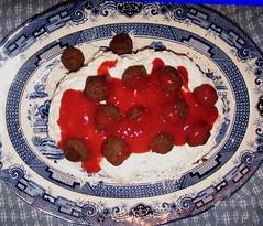 pavlova, food, dish, dairy product, dessert, cuisine,