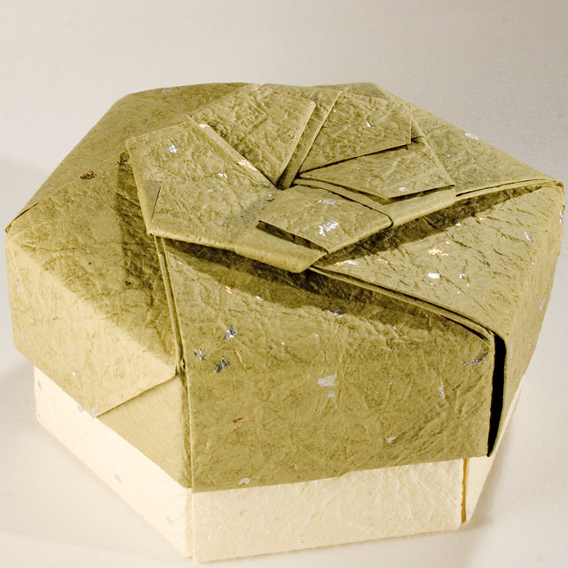 Small Decorative Gift Boxes With Lids: Decorative Hexagonal Origami Gift Box With Lid: # 19