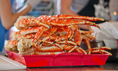 spiny lobster(0.0), animal(0.0), fish(0.0), dungeness crab(0.0), crustacean(1.0), seafood(1.0), king crab(1.0), food(1.0), soft-shell crab(1.0), dish(1.0), cuisine(1.0),