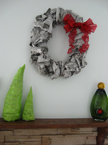 Christmas Decorations - DIY Newspaper Wreath and Trees