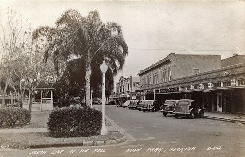 park street cars town 1930s downtown florida postcard gazebo automobiles commercialbuildings avonpark
