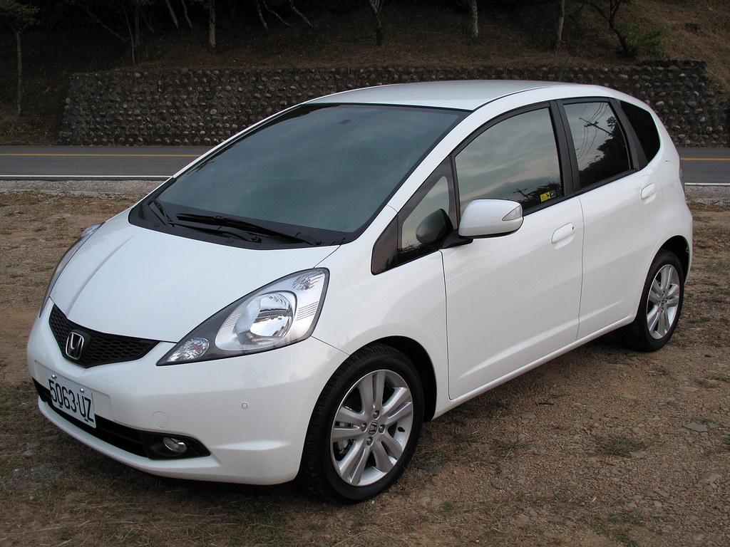 09 Honda fit