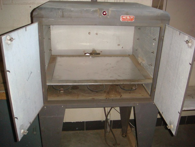 Small industrial oven with interior asbestos insulation flickr photo sharing - Interior insulating materials ...