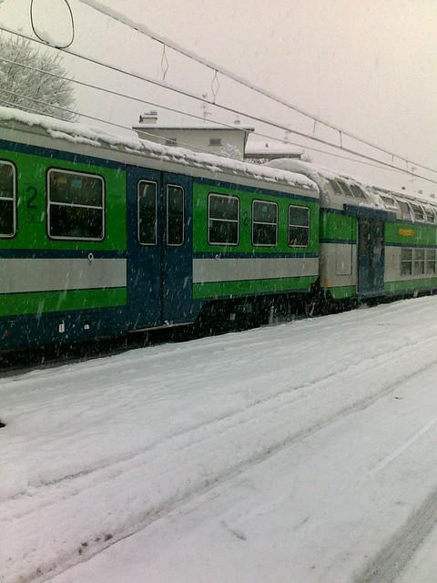 Pendolari sotto la neve