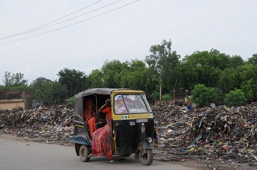 women general waste society solidwaste uttarpradesh geo:dir=854 june2008 geo:lat=251321066666667 geo:lon=825799 dhaurupur mirzapurcumvindhyachal