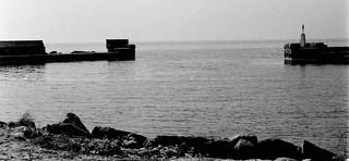 Smygehamns hamns stormskadade östra pir.