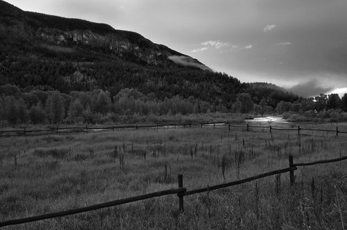 bw clouds sunrise river colorado wideangle tress mountian conjeos hollumsphotographynikond90 fencehollumsphotographynikond90