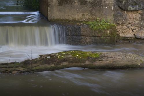 longexposure water rock concrete waterfall nc moss log dam jesus northcarolina silky lincolncounty southforkriver rhynemill davidhopkinsphotography ncpedia