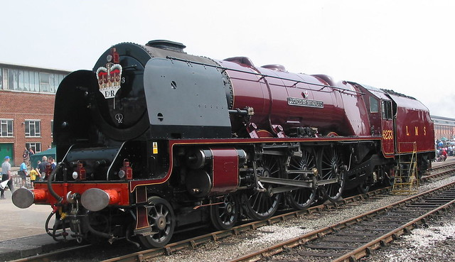 Duchess of Sutherland sister to Duchess of Hamilton