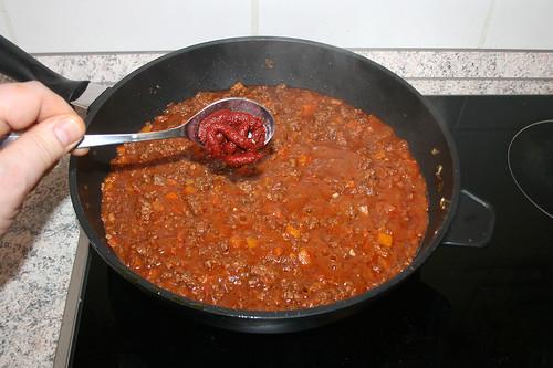 59 - Tomatenmark hinzufügen / Add tomato puree