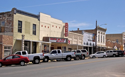usa tourism america shopping mainstreet downtown texas roadtrip american attractions llano americandowntown applecrypt