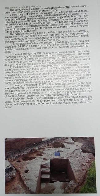 Rome - The Metro C / Colosseum Valley (2006-11): Roma, corridoio del primo anello del Colosseo: pannello esplicativo della Valle del Colosseo prima dei Flavi. La fotografia dello scavo vero, allora in corso fatta da: Dott.ssa Stefania Faro (2008).