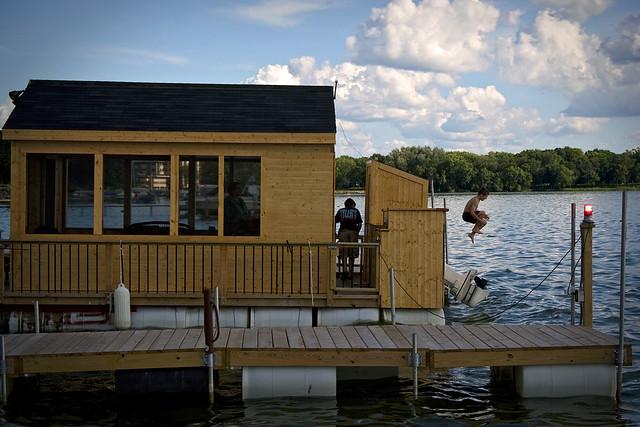 Mississippi boat rentals la crosse wi university wooden for Fun motors longview tx
