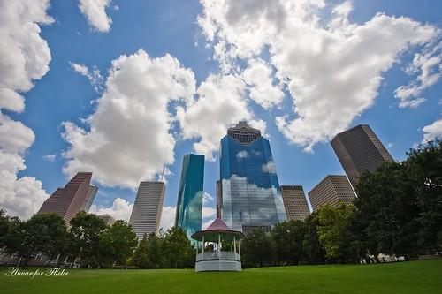 sky nikon downtown texas skyscrapers houston urbana russiantexan blueribbonwinner abigfave anawesomeshot d700 flowerstowers nikon1424mmf28gedafs anvarkhodzhaev russiantexas svetan svetanphotography