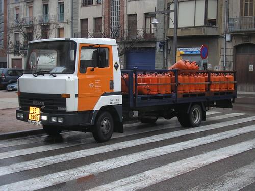 Nissan repartint butà a Ripoll (Girona)