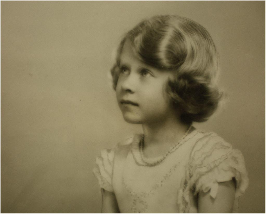 Princess Elizabeth of York - a photo on Flickriver