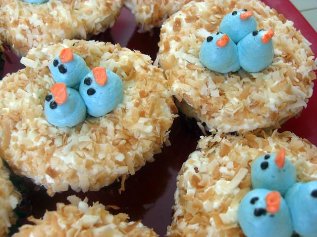 Coconut Flake Bird's Nest Cupcakes | Flickr - Photo Sharing!