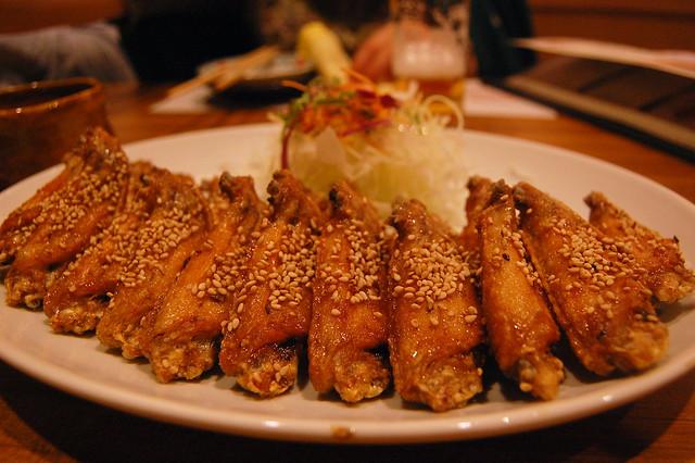 Tebasaki Fried chicken wing Huuraibou at Nagotya city 風来坊の ...