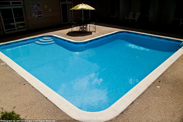 L Shaped Pool Flickr Photo Sharing
