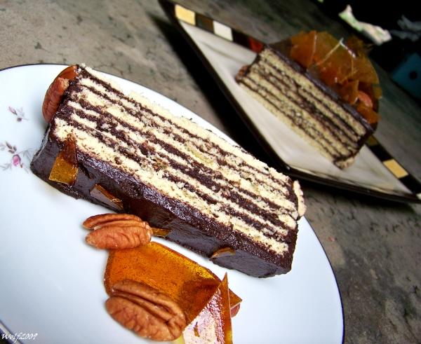 Daring Bakers- Dobos Torte