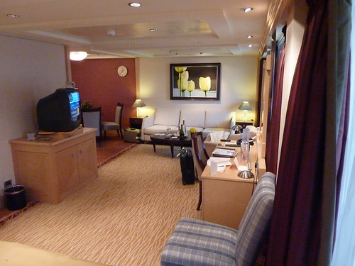 Cunard Qm2 Queen Mary 2 Q4 Penthouse Suite Review Tips