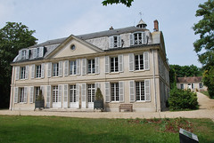 Domaine de Montauger - D153, Lisses (91) Essonne - Île-de-France // 159.37 - 190  //