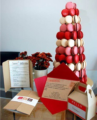 Parties, Holiday: Macaroon Tree