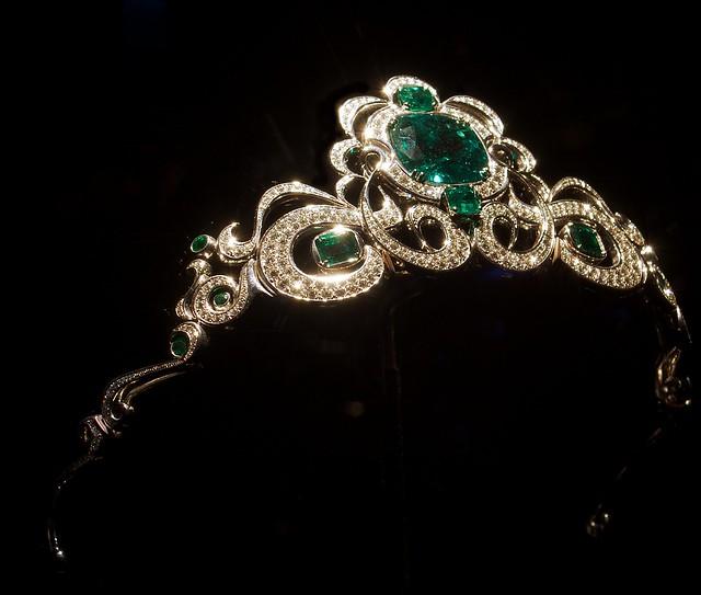 Platinum Tiara Diamond Ring