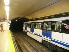 Foto del Metro en Madrid.  ReservasdeCoches.com - Alquiler de coches en Madrid