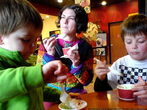 cold stone ice cream excursion   DSC02726