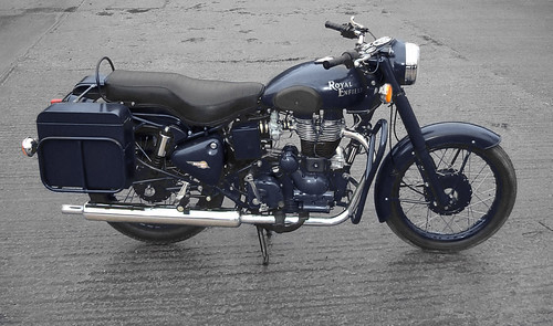 Royal Enfield Military Concept: Navy Blue