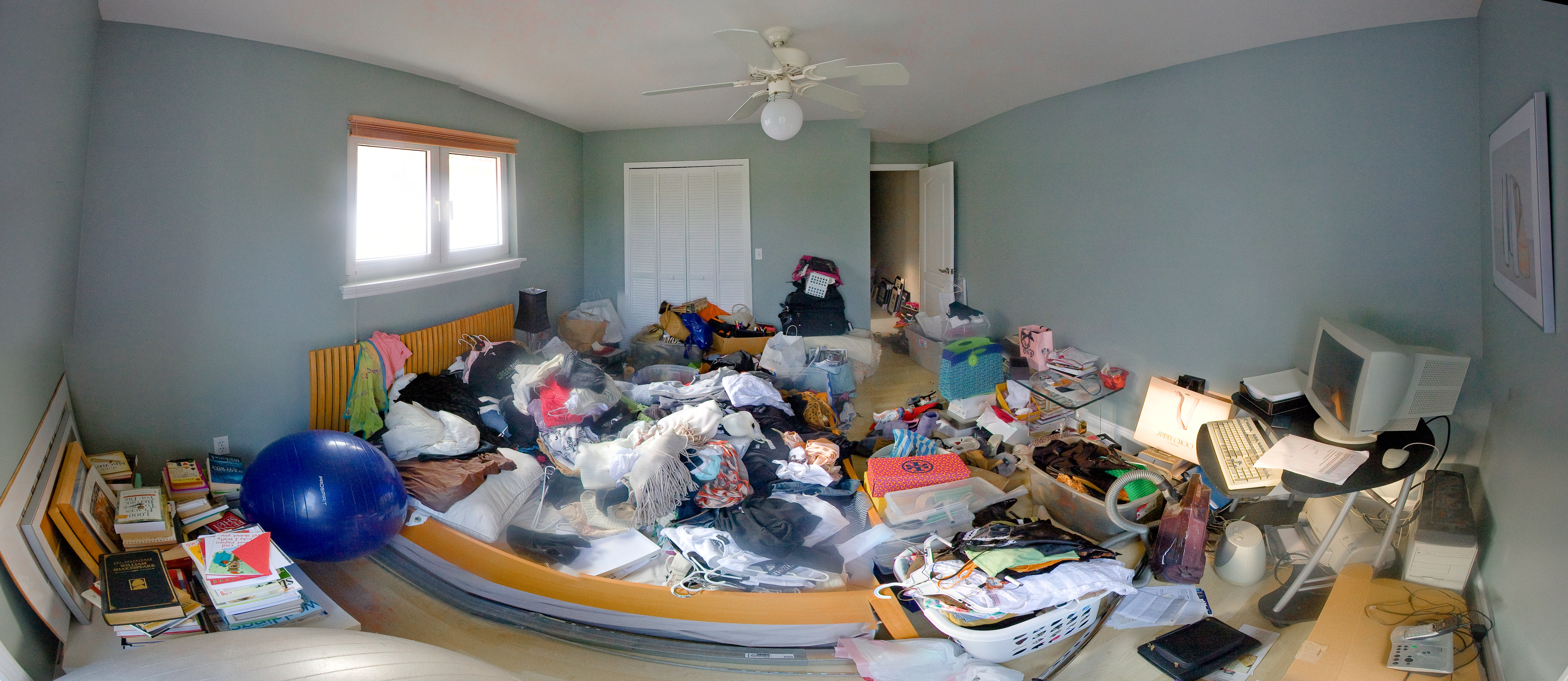 how to clean an extremely messy house