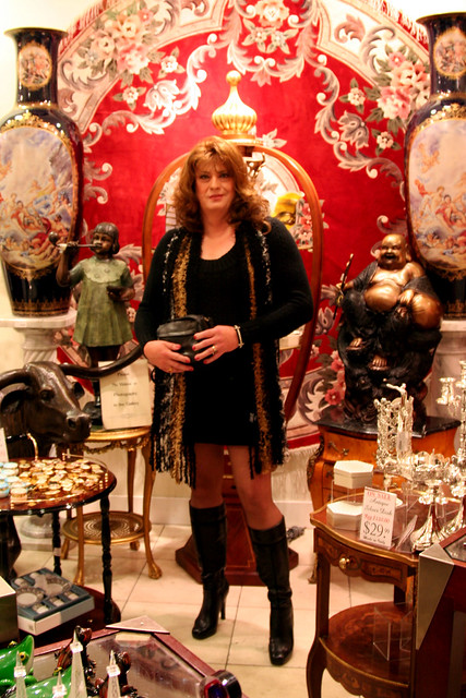 Suzane In Store at Paris in Vegas