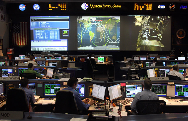 space mission radio control space shuttle - photo #27
