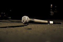 microphone, white, light, close-up, audio equipment, darkness, black,