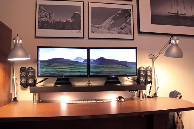 Home Office Dual Desk Setup: 3416766762_cdcc061e60_z.jpg