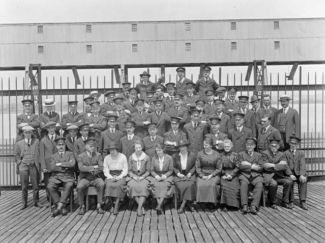 Immigration staff qu bec personnel d 39 immigration qu bec flickr photo sharing - Bureau immigration canada montreal ...