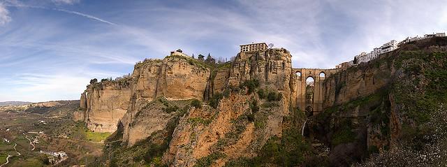 Vista panorámica de Ronda desde el Arco del Cristo / Panoramic view of Ronda from Arco del Cristo