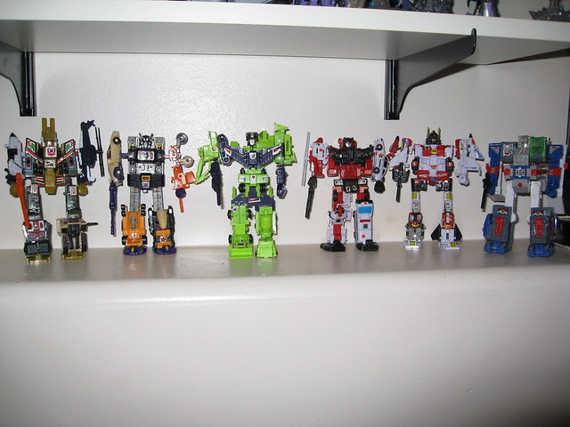 Bruticus, Menasor, Devastator, Defensor, Superion, and Fortress Maximus Worlds Smallest Transformers Combiner Knock OFFS
