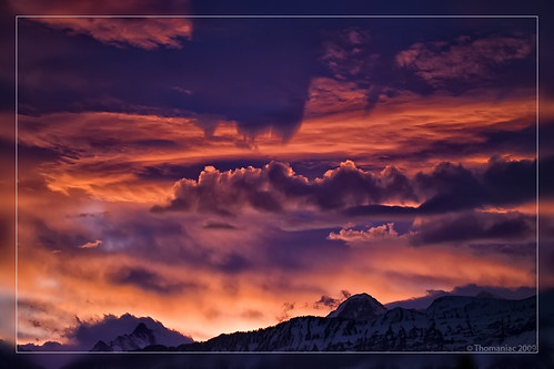 morning sky orange sun mountains sunrise schweiz switzerland violet himmel berge sonne sonnenaufgang morgens lens00025