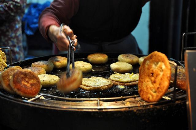 溫州街和平東路口的蘿蔔絲餅