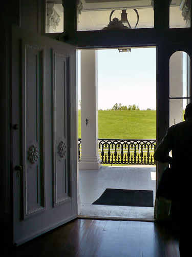 door entrance porch plantation 2009 nottoway nottowayplantation entrydoor whitecastlelouisiana spring2009 apr2009