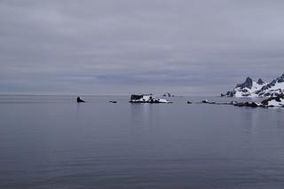 001 Halfmoon Island