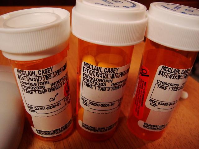 lunesta side effects lunesta vs ambien vs temazepam medication