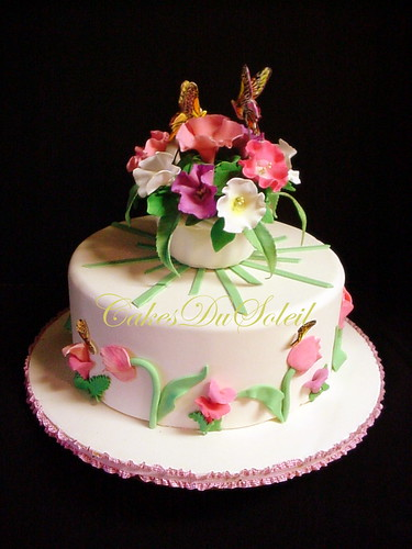 Cake Decorated With Flowers And Butterflies : BUTTERFLY AND FLOWER CAKE